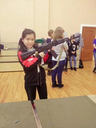 2014级赵明慧在俄罗斯参加学校活动